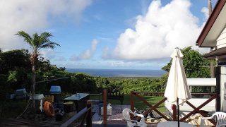 パラッと雨は降るものの青空広がり暑さは厳しくなっていた8/6の八丈島
