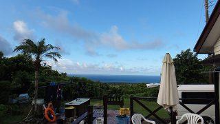 青空広がり日差しも強く残暑が厳しくなって9/1の八丈島