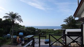 爽やかな青空も広がり風は弱くて穏やかな一日となっていた9/25の八丈島
