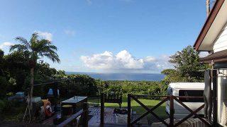 青空広がり日中は暑いくらいの陽気となっていた9/30の八丈島