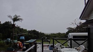 雨風強まり寒さも戻ってきていた11/26の八丈島