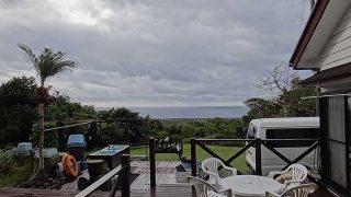 時間ともに雲は広がり晴れ間は短かった11/27の八丈島