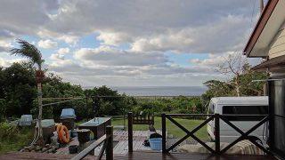 冷たい風も強まって冬らしい天気となっていた12/4の八丈島