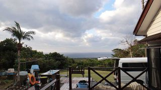 西風変わらず吹き続き冬の天気となっていた1/3の八丈島