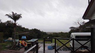 風の変わり目で一気に気温は下がってきていた3/29の八丈島