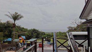 朝から風は吹き初め荒れた天気となっていた4/18の八丈島