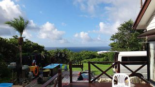 一時雨は降るものの青空増えて風は収まってきていた9/19の八丈島
