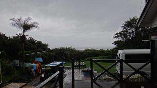 雨風強まり荒れた天気となっていた9/23の八丈島