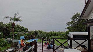 次第に雨は上がりはするが風は涼しく肌寒くなっていた10/1の八丈島