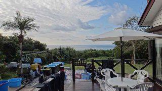 朝夕冷えるが日中は青空あって暖かだった11/27の八丈島