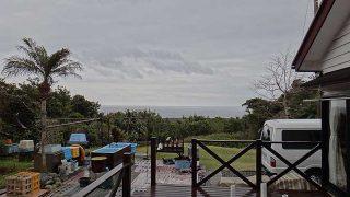 遅くなるほど雨足強まりグヅついた天気となっていた3/25の八丈島