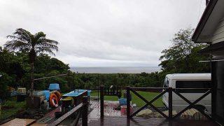 日中雨は強まって湿度も高くなっていた6/6の八丈島