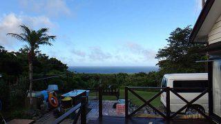 青空広がってはいたものの時折雨もパラついていた8/3の八丈島