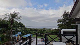 次第に雲が増えてきて雨もパラついていた9/20の八丈島
