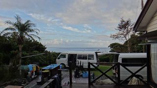 日中暑くもなってはいたが遅くなると雨も降ってきていた10/12の八丈島